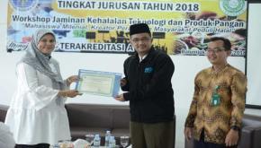 30 Mahasiswa Prodi Biologi UBB Dididik Jadi Auditor Halal Internal